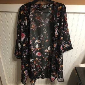 Floral kimono 3/4 sleeves black with multi color